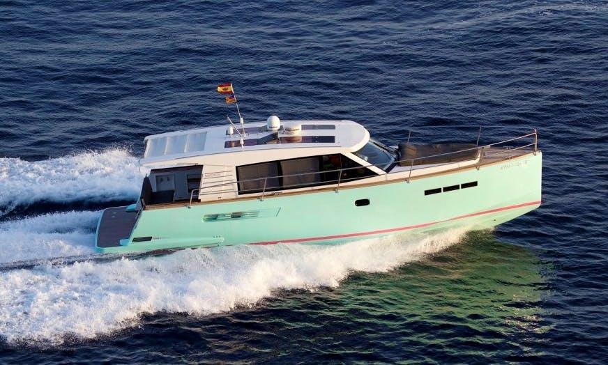 Charter 40' Fjord Fly Motor Yacht in Balears, Spain