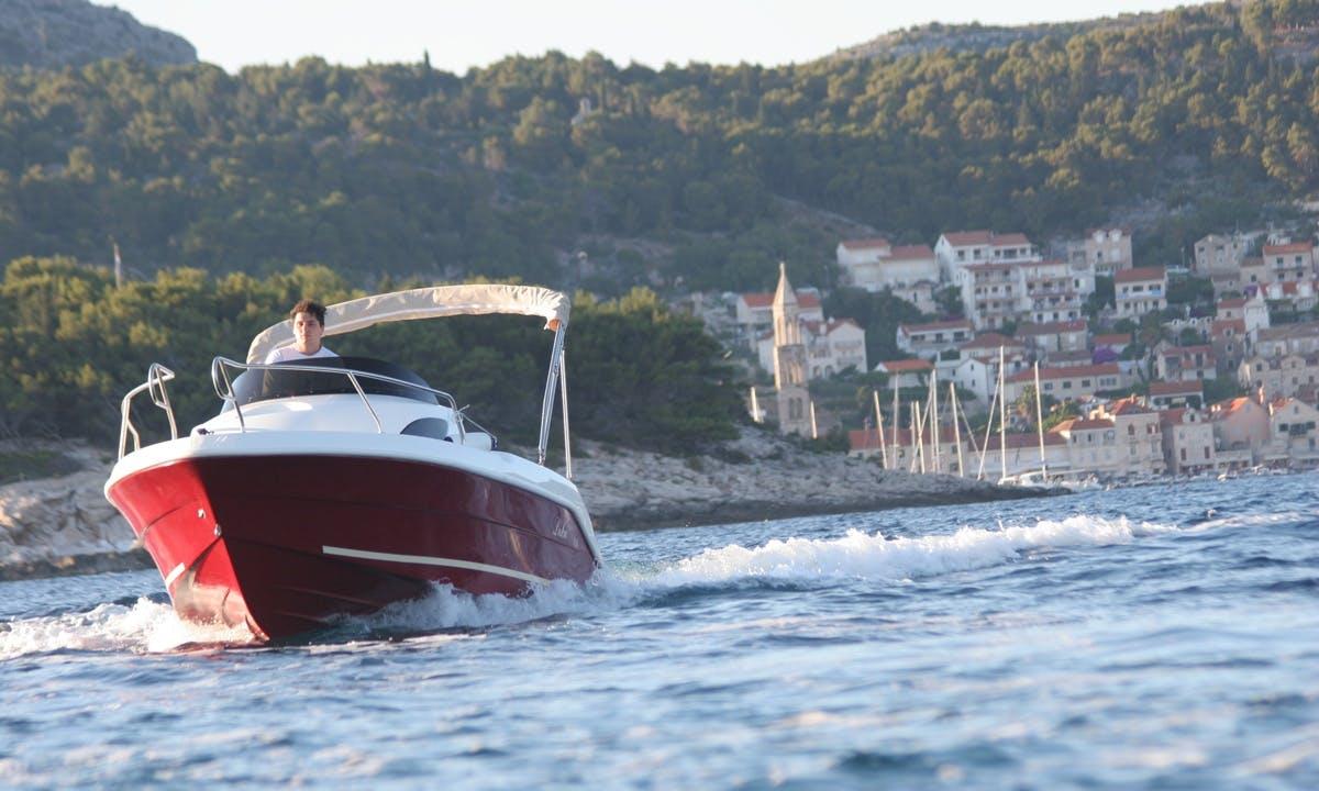 17' M-Sport Luka Speedboat in Hvar