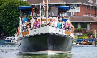 Passenger Boat Cruise in Reading, England