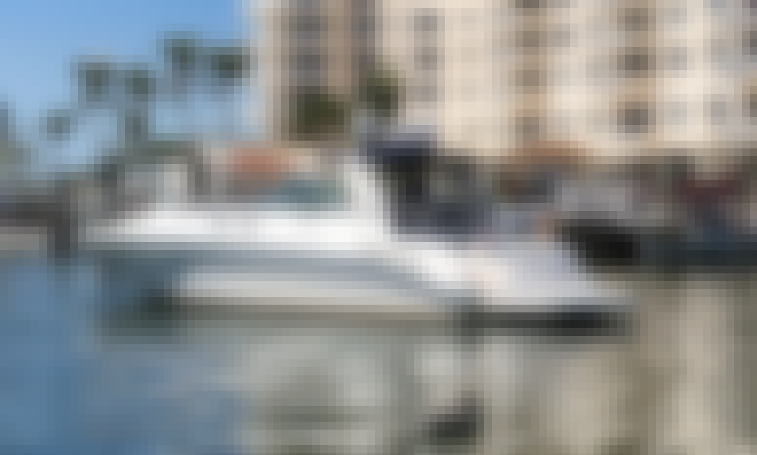 Gorgeous 45' Yacht for Charter in Lauderdale