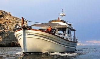 Cruising on Menorquin 180 Flybridge - Orca Power Mega Yacht in Maó, Spain