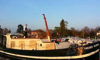 Houseboat rental in Oranienburg