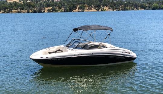 Yamaha Ski Boat For Rent In Lake Tahoe Sx210