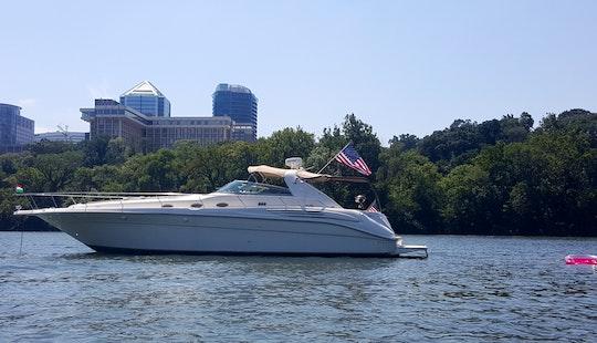 45' Motor Yacht Rental In Washington Dc - 6 People Max