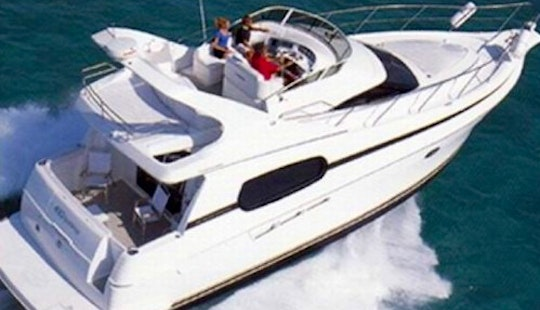 41' Silverton Luxury Motor Yacht In Cancún, Mexico For 8 Persons