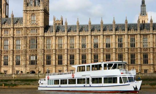 M.v London Rose (london Party Boat)