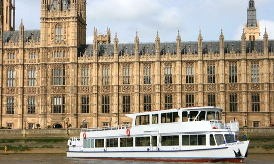 M.v London Rose (london Party Boat)