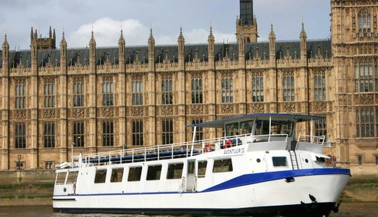 M.v Avontuur Iv (london Party Boat)