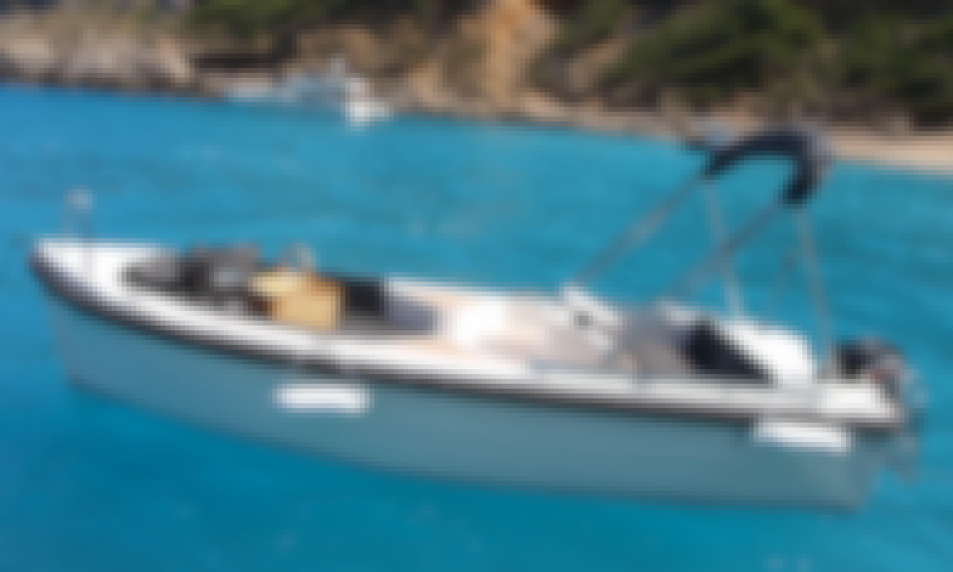Silver495 15HP no license boat in Port d'Alcúdia, Mallorca