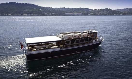 Explore İstanbul, Turkey Aboard Luxurious Lord Motor Yacht