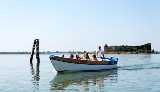 Enjoy A Guided Tour In Venezia, Italy - Be Venetian For A Day!