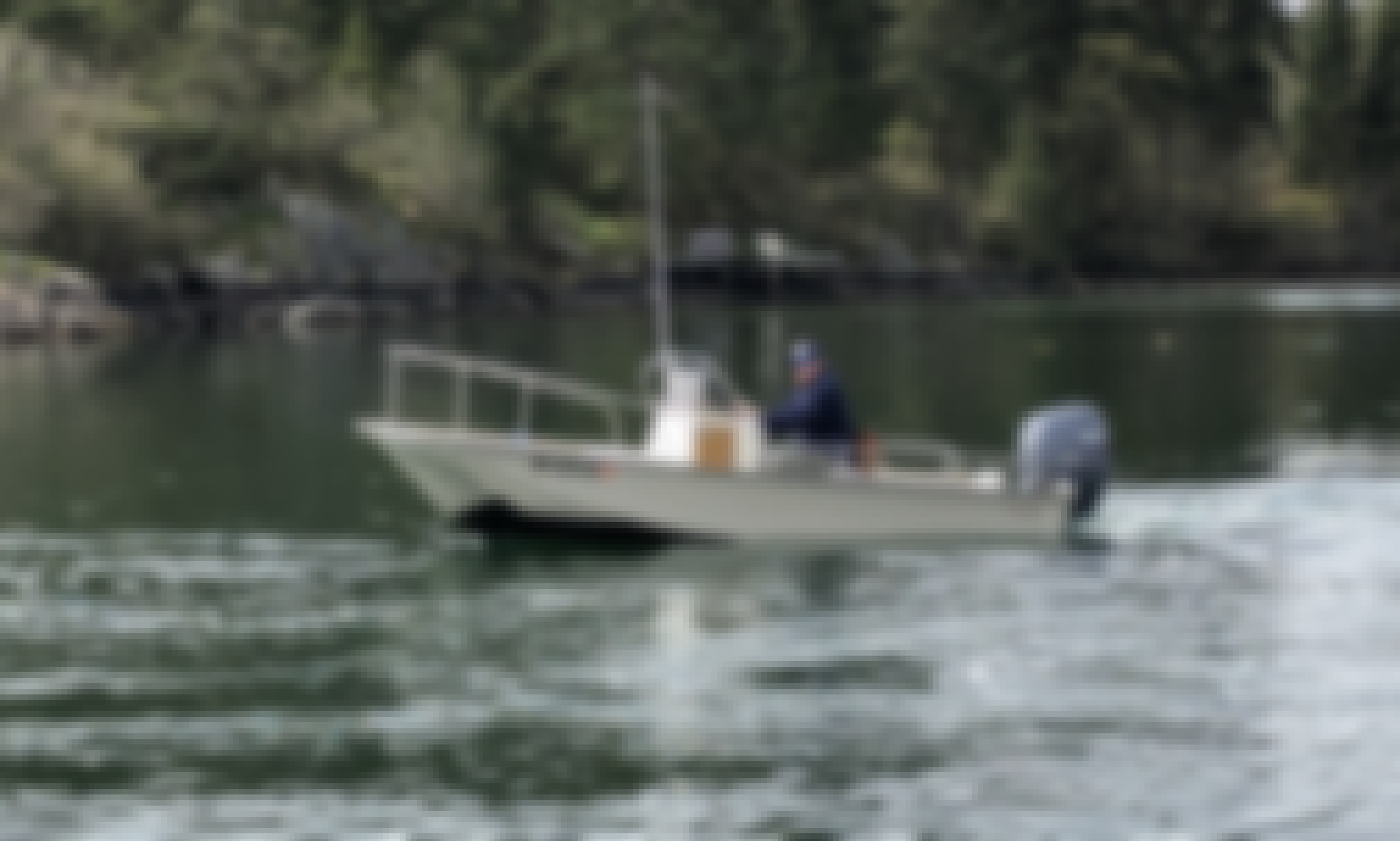 Island hopping in Friday Harbor on 17' Boston Whaler Montauk