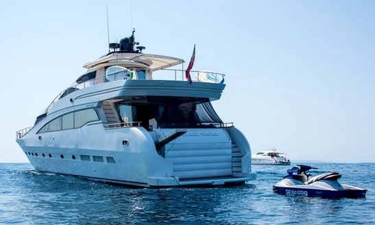 Charter This 12 Persons 88' Amercraft Power Mega Yacht In Eivissa, Spain