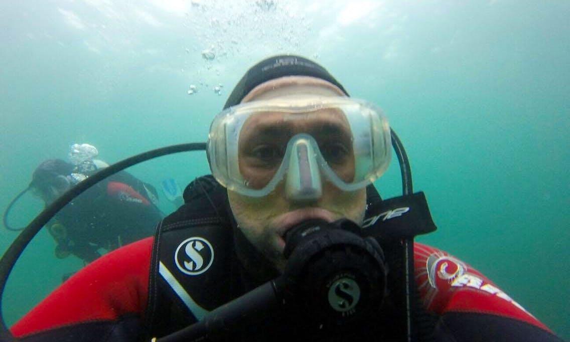 Beginner Scuba Diving Lesson in Cork
