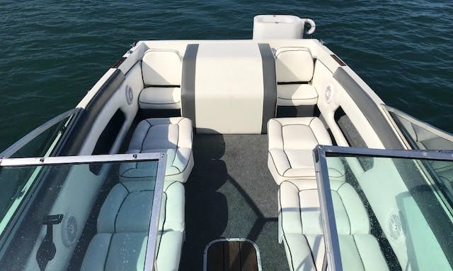 19' Chris Craft Motor Yacht Rental In Marina del Rey, California