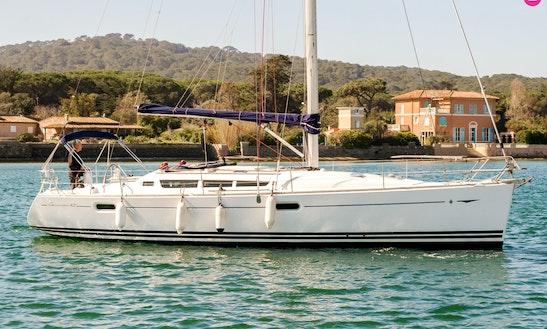 Jeanneau Sun Odissey 42i Cruising Monohull To Explore Port Dell'etna - Marina Di Riposto