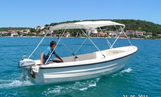 Rent This 16' Ven 501 Open Dinghy In Sumartin, Brač