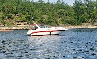 Motor Yacht rental in Ladysmith