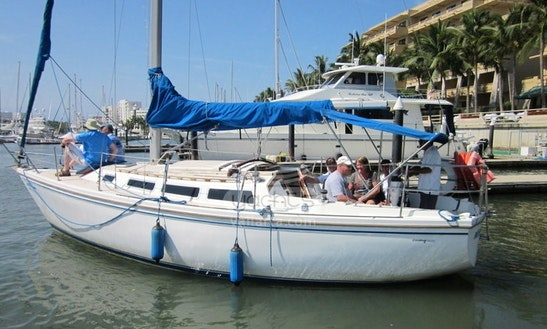 Catalina 30 Cruising Monohull For Charter In Puerto Vallarta, Mexico