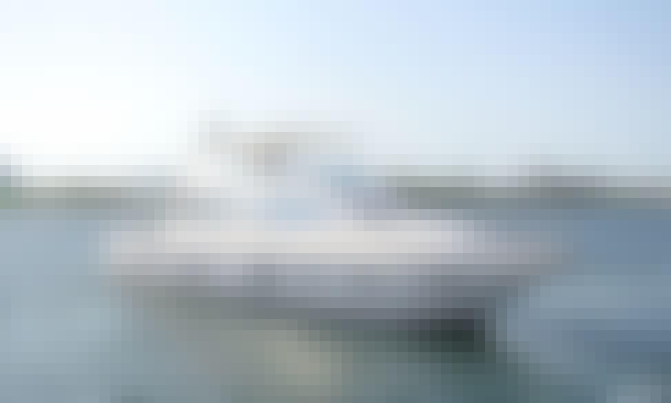 90' Al Shaali Power Mega Yacht Charter For in Dubai