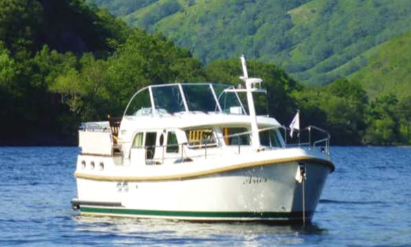 Charter a 4 Person Linssen 36 Motor Yacht in Scotland, United Kingdom