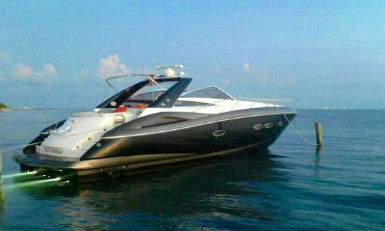 53' Sunseeker Power Mega Yacht For Charter In Cancún, Mexico For 16 Persons