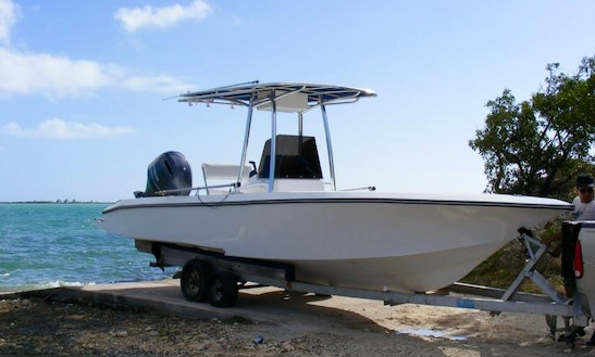Get Relaxed & Refreshed Aboard 17' Vhull Center Console At Long Beach, Bahamas