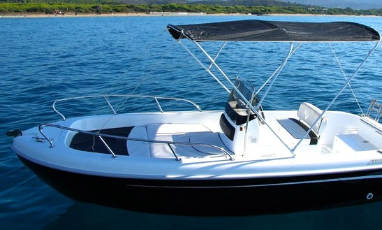 Rent This Center Console For 6 People In Vibo Marina, Calabria