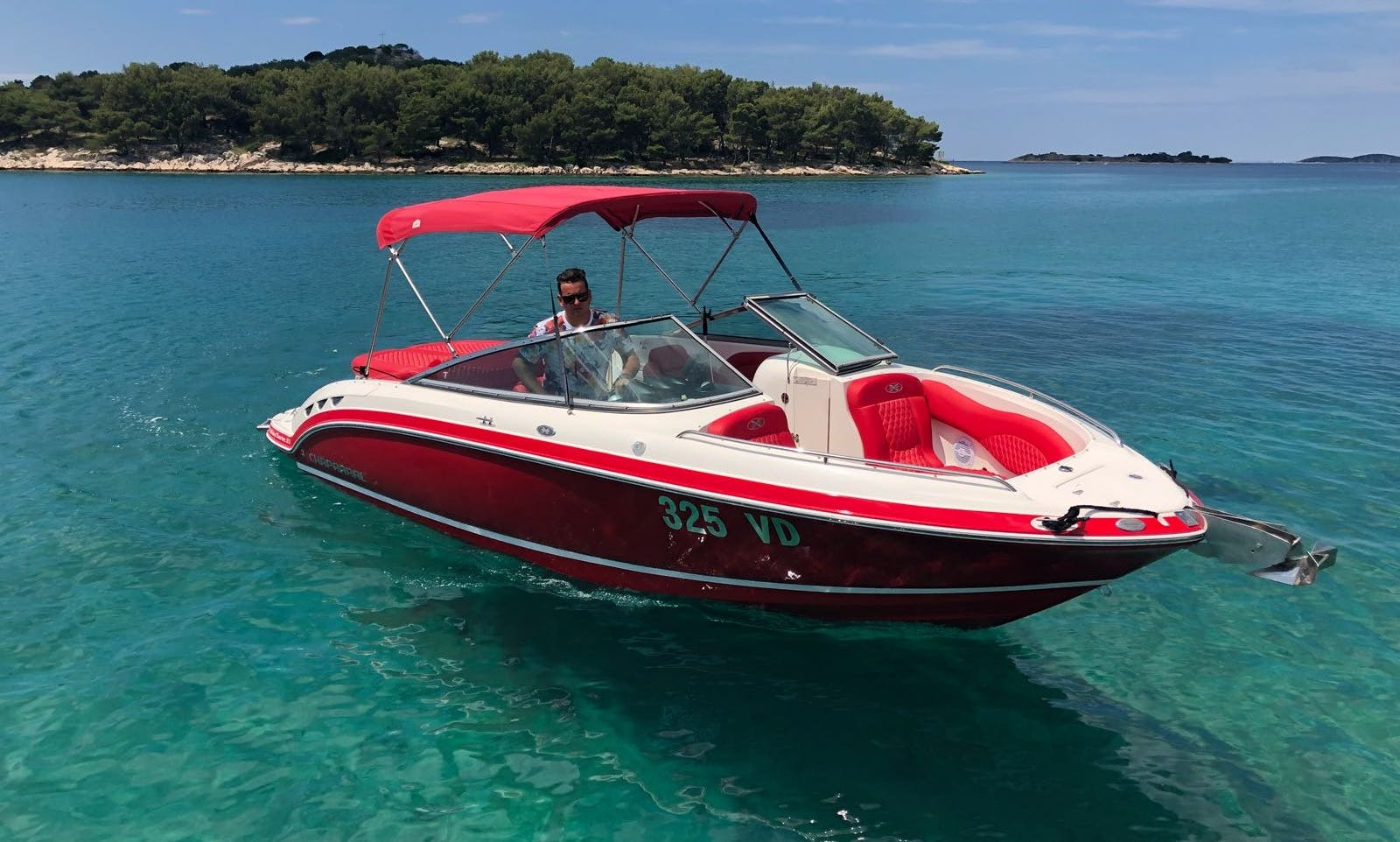 Chaparral 236 SSX Bowrider yatch for 6 People in Tribunj, Croatia
