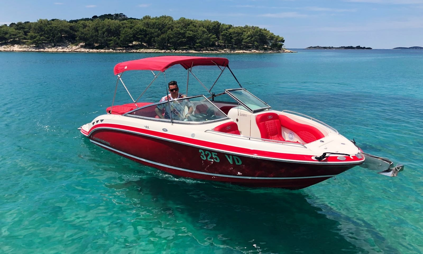 Chaparral 236 SSX Bowrider yatch for 6 People in Tribunj