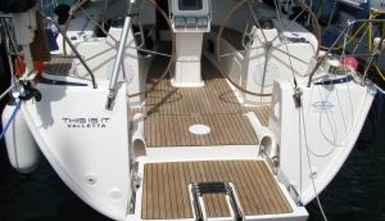 Spend Great Time In Pireas, Greece Aboard Philomila: 40' Bavaria Monohull