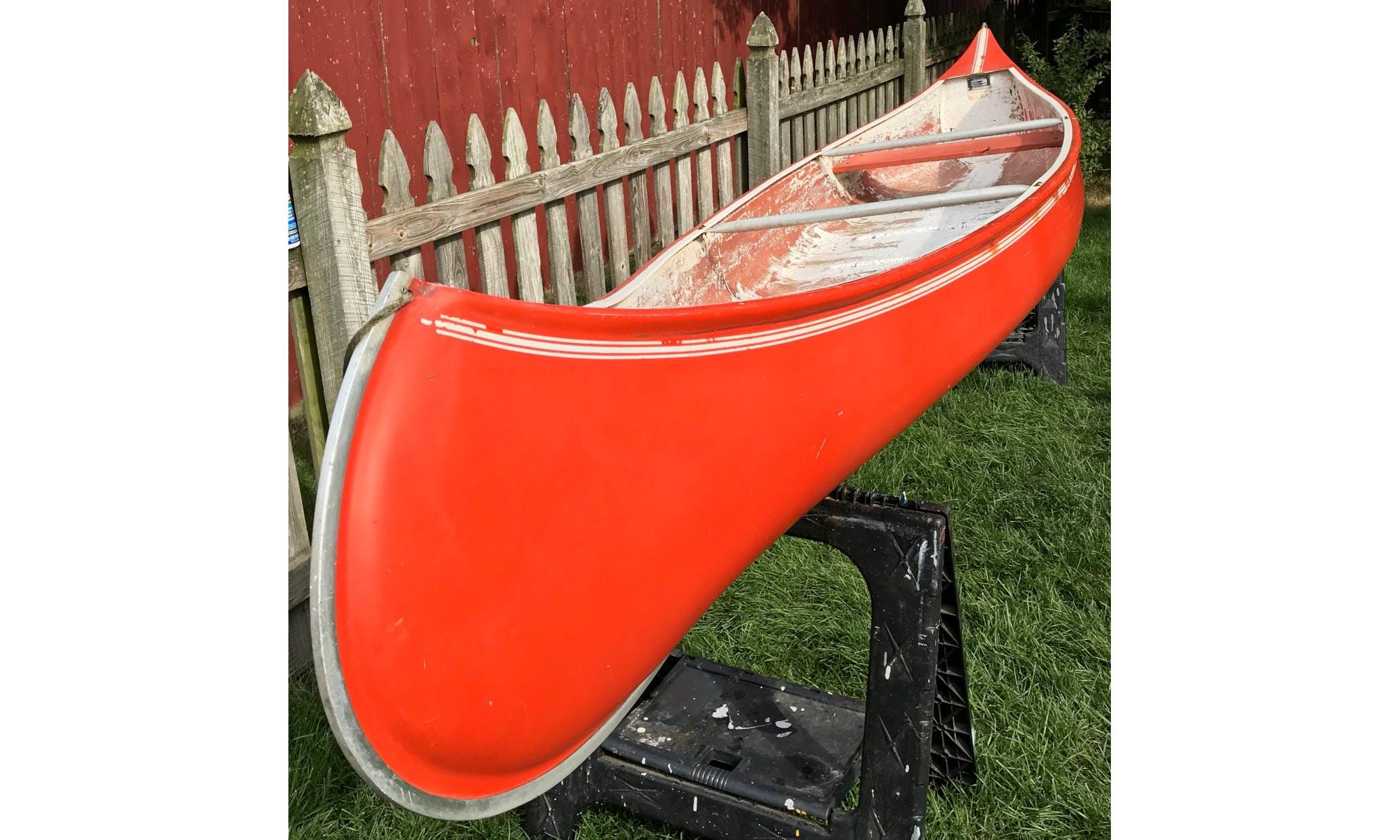 Canoe in Lebanon