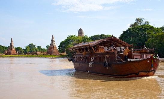 Overnight River Cruise On The Chao Phraya River (bangkok - Koh Kret Island)