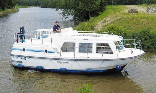 See The Chocholate Capital Of The World And Stay On A 5 Person Motor Yacht