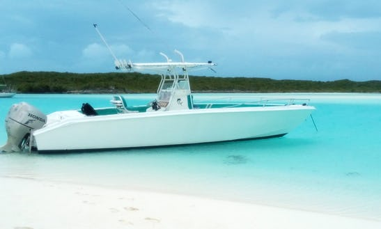 A Luxury Center Console Rental In Black Point Bahamas For 10 People