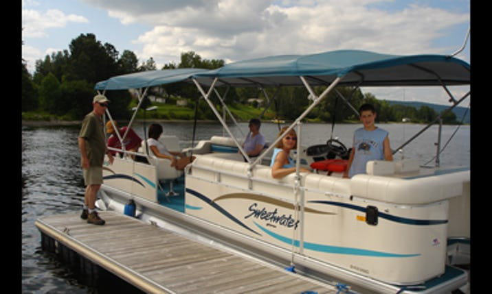 Rent a 25' Sanpan Pontoon Boat on Long Lake near Sinclair, Maine