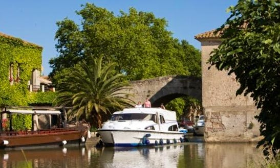 The Sunshine Cruise Aboard The 37' Motor Yacht In Canal Du Midi, France