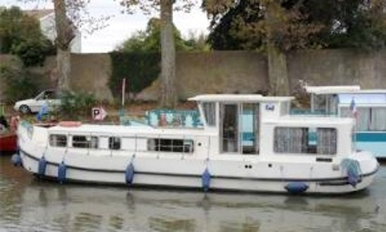 Canal Boat Rental In Rainworth