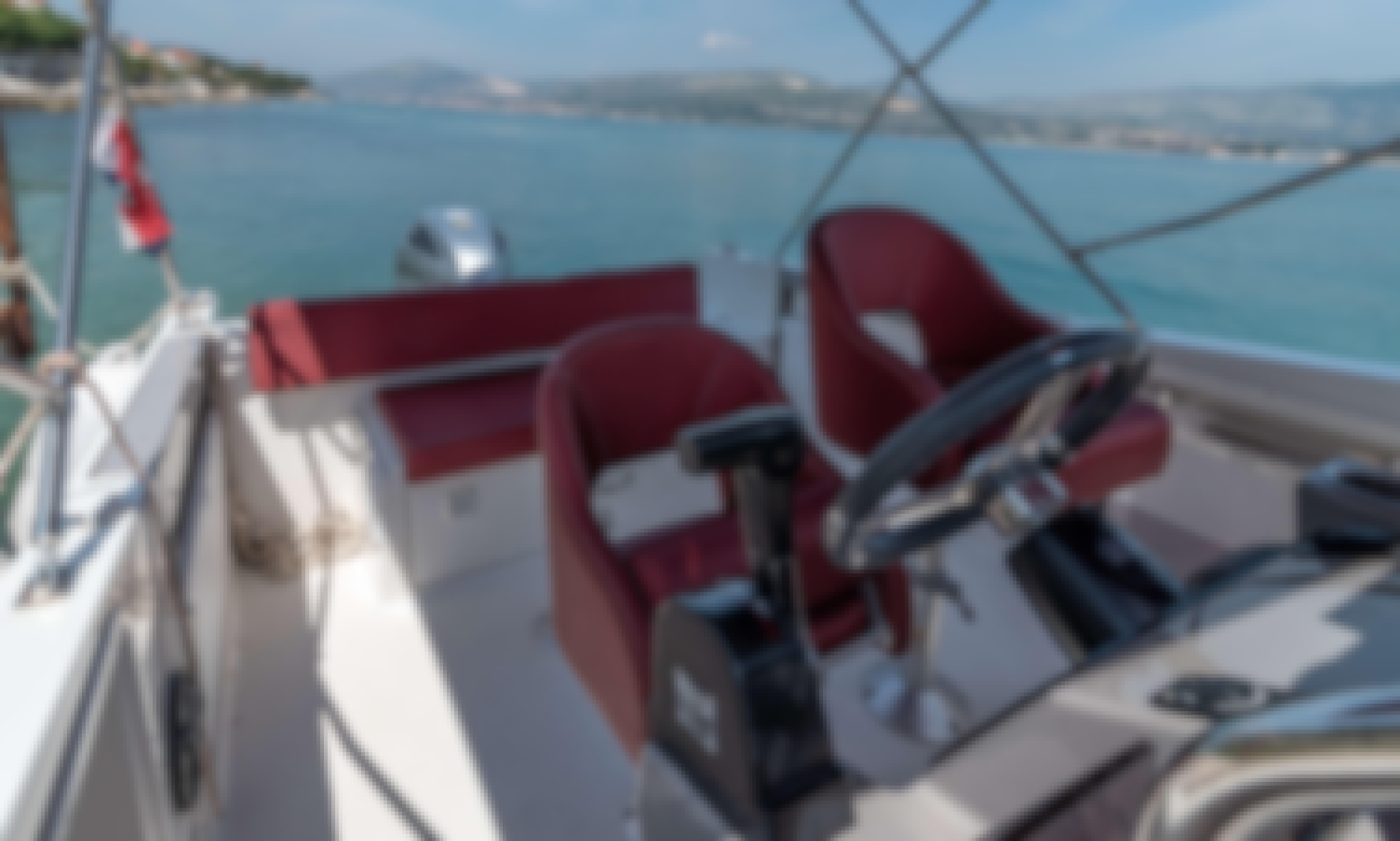 Atlantic Marine Open 7.70 Power Boat Rental in Trogir,Split,Kastela