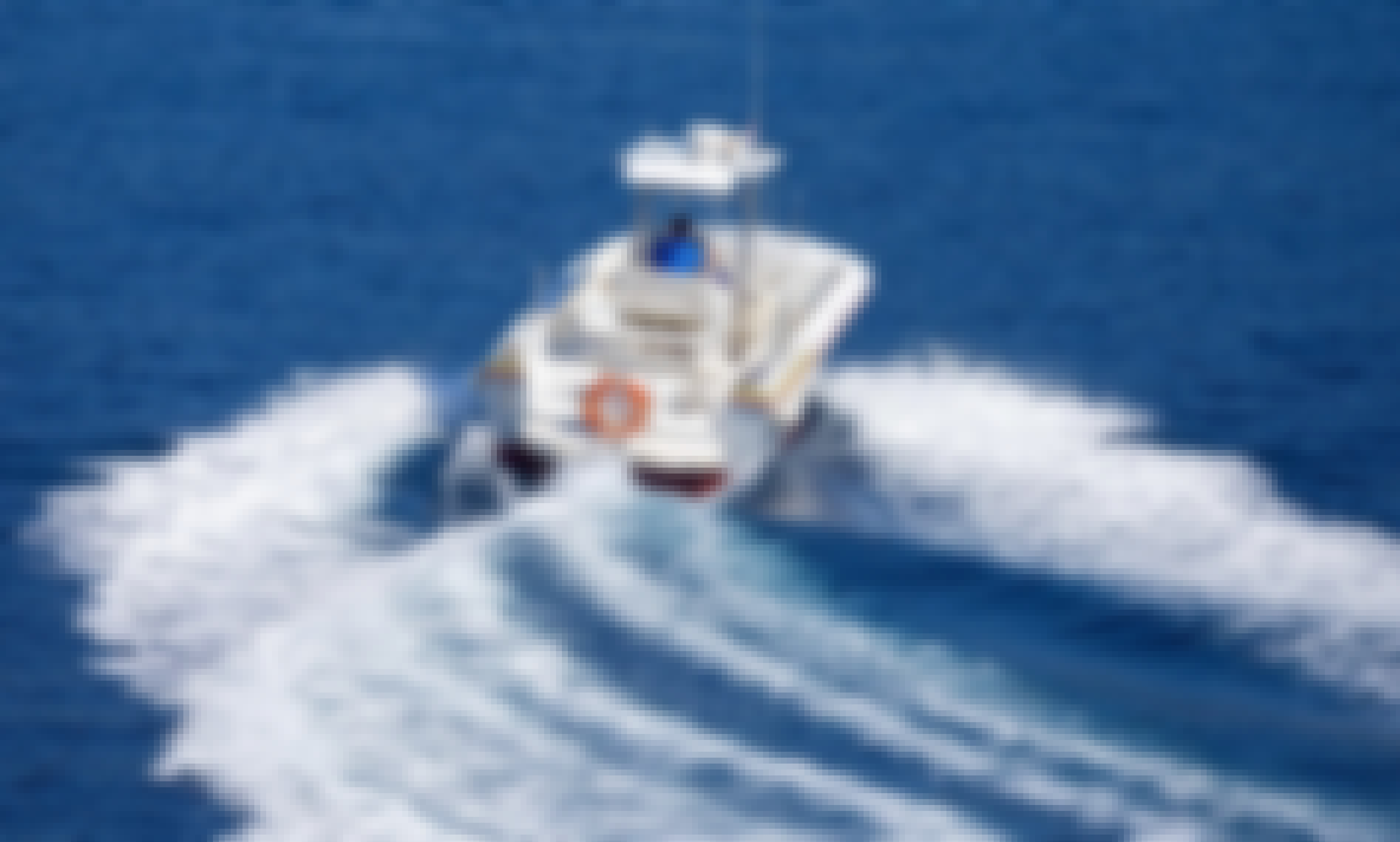 24/7 Water Taxi Service Ready to Book in Hvar