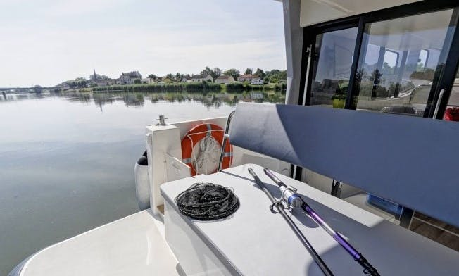 The Northern Rideau Canal Boat Cruise for 5 People in Ottawa, Ontario
