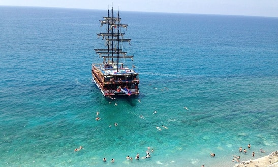 Cruising Boat Perfect For Party Available In Antalya, Turkey
