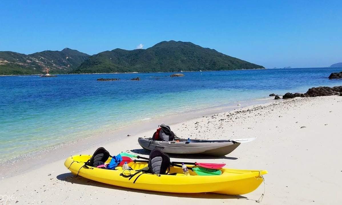 Explore Jelsa, Croatia aboard this fantastic kayak pefect for 2 paxr