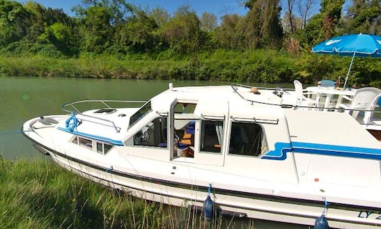37' Canal Boat For