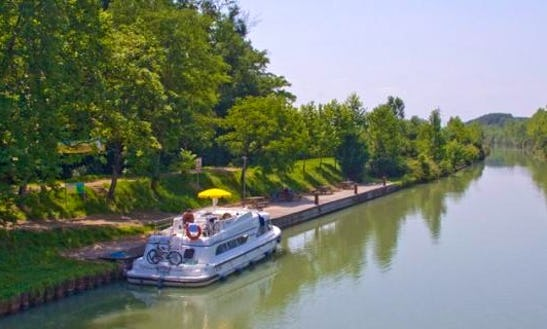 The Arts And Armagnac Long Break Cruise Aboard The 43' Canal Boat For 8 Person