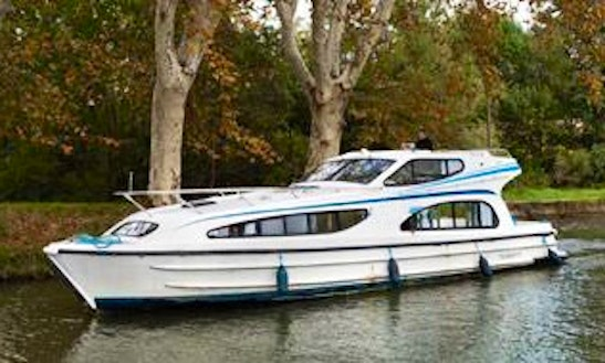 Exciting Canal Cruise In Canal Du Midi, France