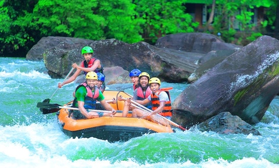 Experience The Thrill Of Rafting In Kithulgala, Sri Lanka