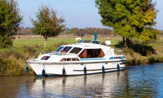 The Medieval Short Break Aboard 32' Canal Boat In Canal Du Midi, France