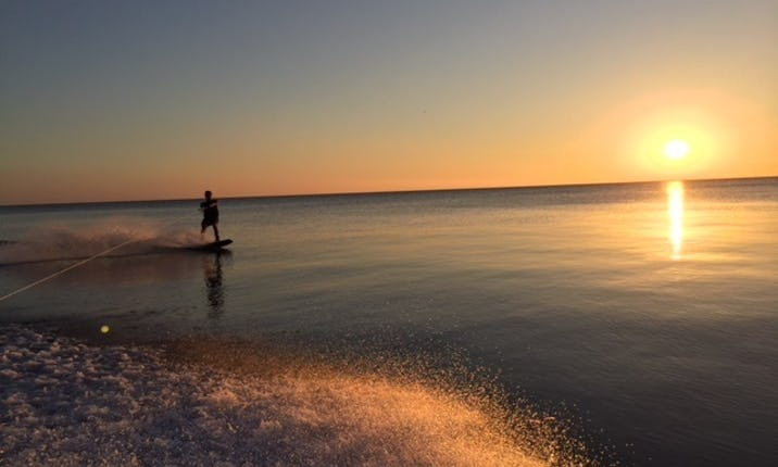 Deck Boat rental - Lake Michigan (Wilmette Harbor) - Tours