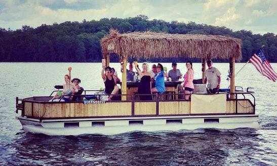 Amazing Lake Cruise In Hiawassee, Georgia - Rent This Pontoon Boat!